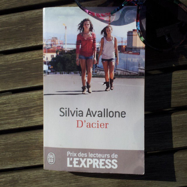 Couverture du livre D'Acier de Silvia Avallone