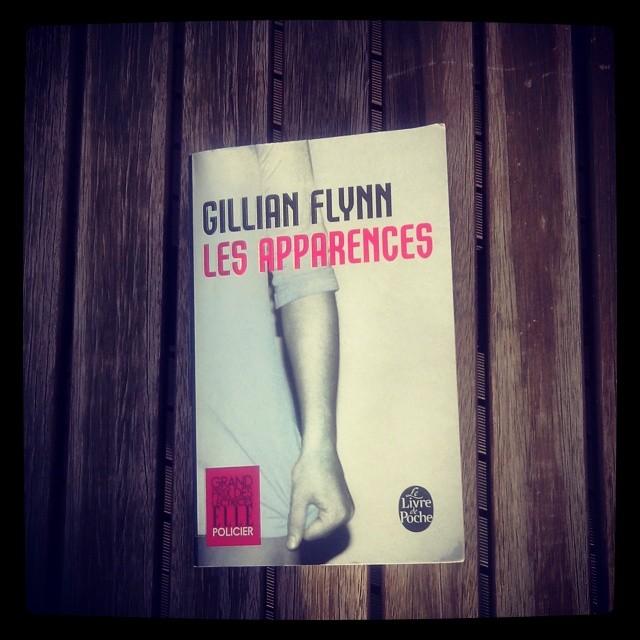 Les-Apparences_Gillian_Flynn